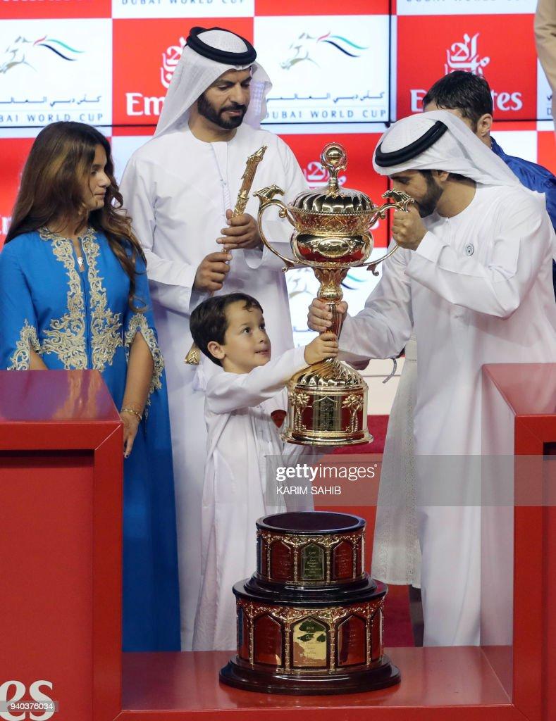 Sheikh Hamdan bin Mohammed bin Rashid al-Maktoum , Crown