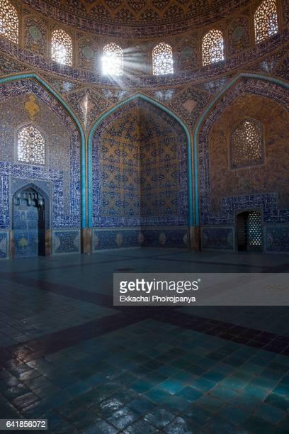 Sheikh Lotfollah Mosque at Naqsh-e-Jahan Square, Isfahan, Iran