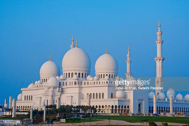 sheikh zaid mosque - grand mosque stock pictures, royalty-free photos & images
