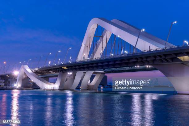 sheikh zayed bridge, abu dhabi - abu dhabi stock pictures, royalty-free photos & images