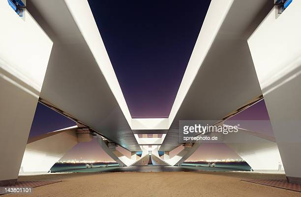 sheikh zayed bridge - abu dhabi stock pictures, royalty-free photos & images