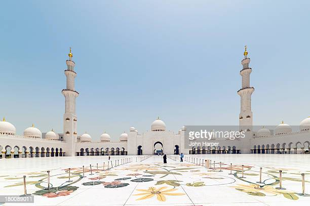 sheikh zayed grand mosque, abu dhabi - sheikh zayed mosque stock pictures, royalty-free photos & images