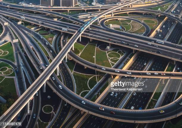 sheikh zayed road intersection, dubai, uae - dubai stock pictures, royalty-free photos & images