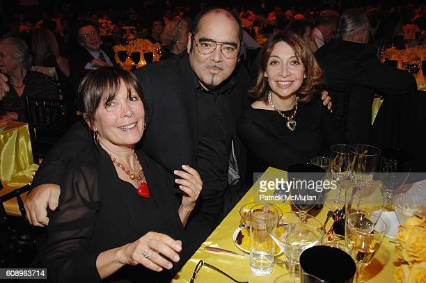 Sheila Jaffe Kevin Dornan and Ileana Douglas attend The COLLABORATING for a CURE benefit and auction for the Samuel Waxman Cancer Research Foundation...