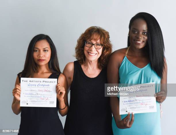 Sheila Sarasmita and Nimi Adokiye receives certificate from Mindy Sterling at The Artists Project on August 9 2017 in Los Angeles California