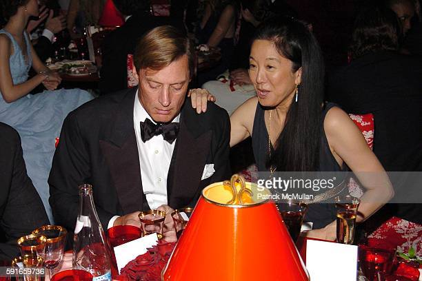 Shelby Bryan and Vera Wang attend The 2005 CFDA Fashion Awards at The New York Public Library on June 6 2005 in New York City