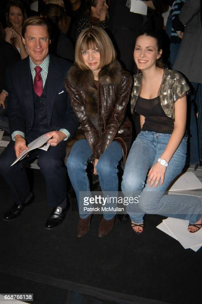 Shelby Bryan Anna Wintour and Bea Shaffer attend Marc Jacobs Fall 2004 Collection Show at The New York State Armory on February 9 2004 in New York...