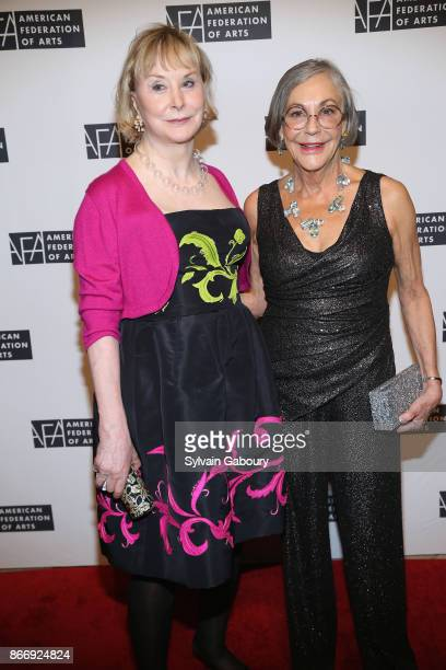 Shelby Gans and Alice Walton attend the American Federation of Arts 2017 Gala and Cultural Leadership Awards at The Metropolitan Club on October 26...
