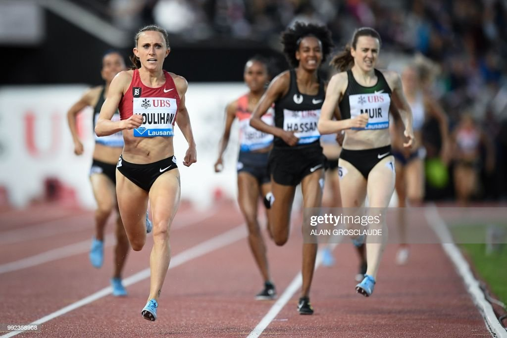 Shelby Houlihan of the US (L) competes to win ahead of Britain's Laura Muir in the Women's 1500m race during the IAAF Diamond League athletics meeting Athletissima in Lausanne on July 5, 2018.