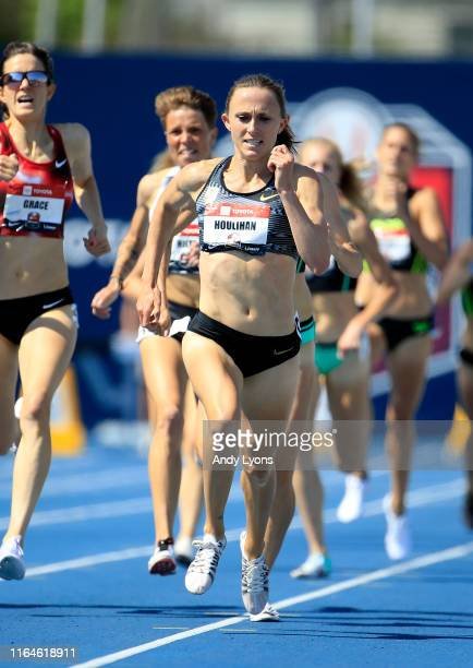 Shelby Houlihan runs to victory in the 1500 meter during the 2019 USATF Outdoor Championships at Drake Stadium on July 27, 2019 in Des Moines, Iowa.
