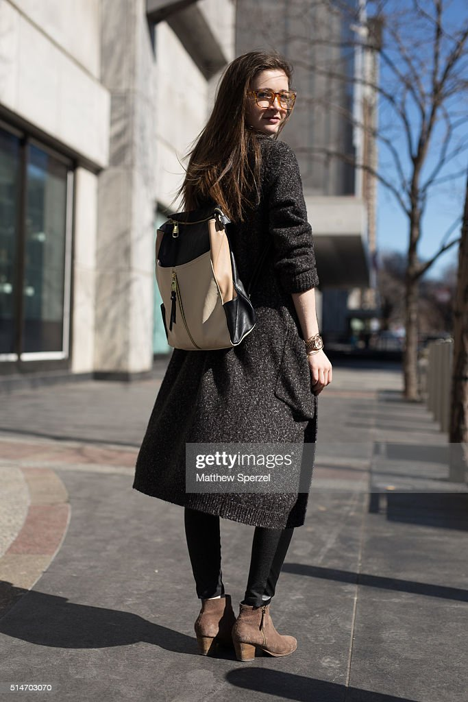 Street Style - Chicago - March 2016 : News Photo