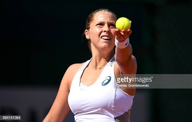Shelby Rogers of the United States serves during the Women's Singles second round match against Elena Vesnina of Russia at Roland Garros on May 25...