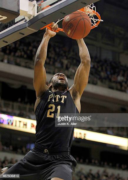 Sheldon Jeter of the Pittsburgh Panthers dunks the ball against the Syracuse Orange during the game at Petersen Events Center on February 7 2015 in...