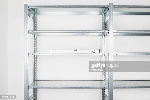 Shelf and water level