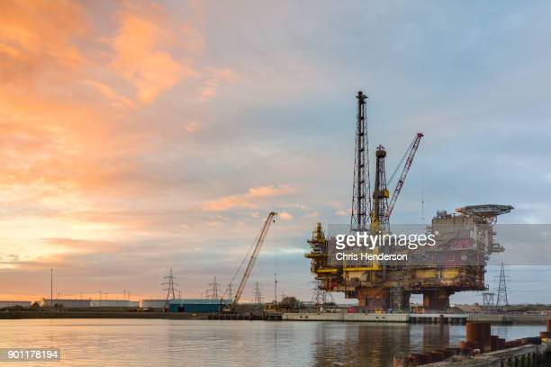 shell brent delta platform decommissioning. - north sea stock photos and pictures