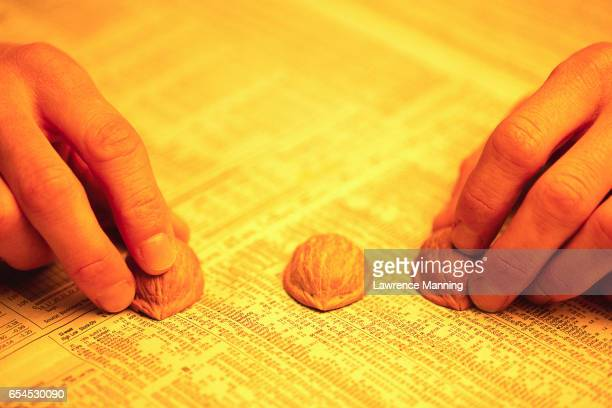 shell game on stock page - con man stock pictures, royalty-free photos & images