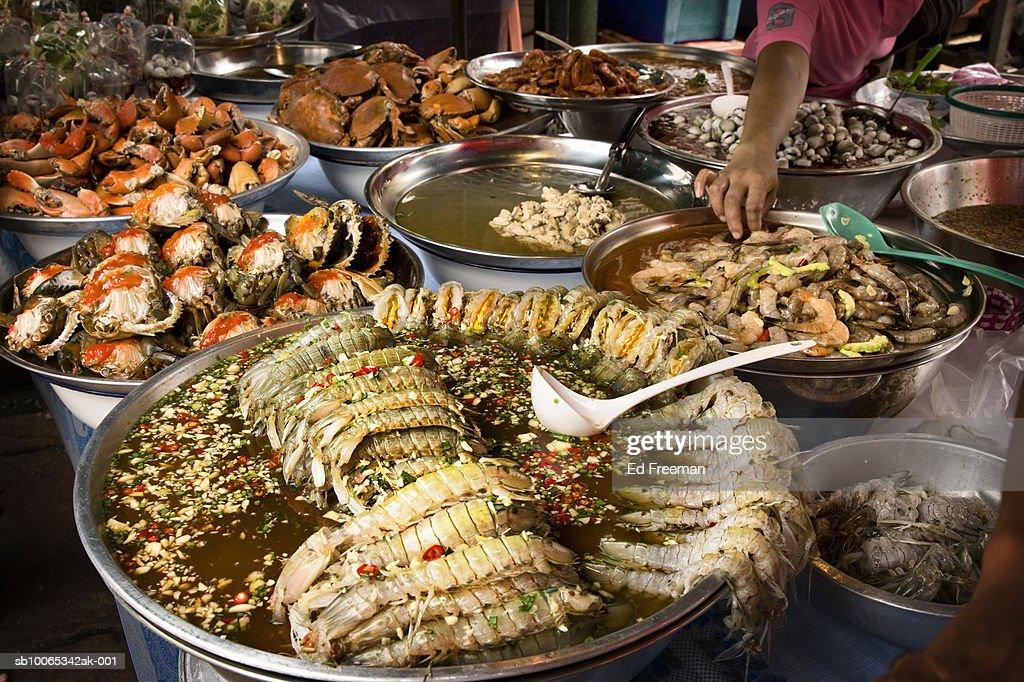 Shellfish for sale in market : Foto stock