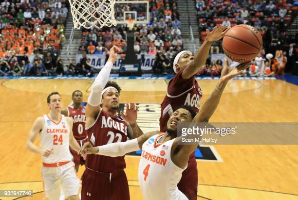 6ab01e637 Shelton Mitchell of the Clemson Tigers goes up for a shot against Jemerrio  Jones and Eli