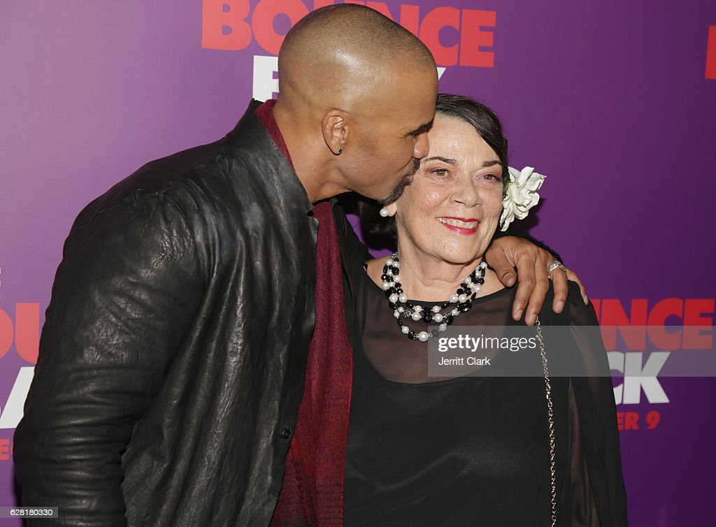 """Premiere Of Viva Pictures' """"The Bounce Back"""" - Arrivals : News Photo"""