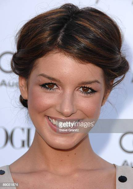 Shenae Grimes arrives at the Vogue's 1 Year Anniversary Party For 3.1 Phillip Lim's LA Store on July 15, 2009 in West Hollywood, California.
