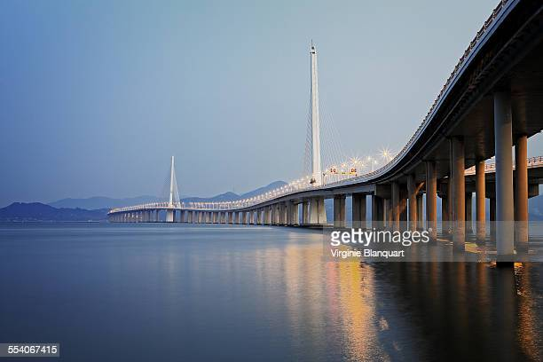 Shenzhen Bay Bridge, link to HongKong