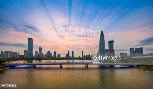 De skyline van de stad van Shenzhen in China