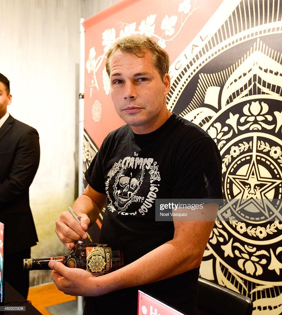 Shepard Fairey Hennessy Bottle Signing