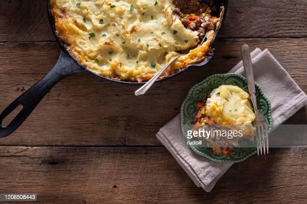 shepherd's pie - irish culture stock pictures, royalty-free photos & images