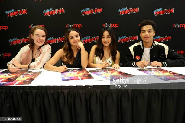 SheRa and the Princesses of Power Program creator Noelle Stevenson and actors Aimee Carrero Karen Fukuhara and Marcus Scribner sign autographs for...