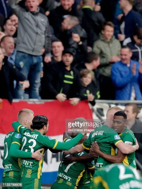 Sheraldo Becker of ADO Den Haag celebrates 1-0 with Lex Immers of ADO Den Haag, Abdenasser El Khayati of ADO Den Haag, Elson Hooi of ADO Den Haag,...