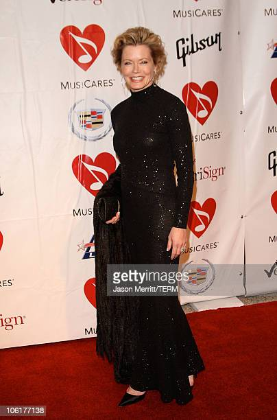 Sheree J Wilson arrives at the 2008 MusiCares Person of the Year Honors Aretha Franklin at the Los Angeles Convention Center on February 8 2008