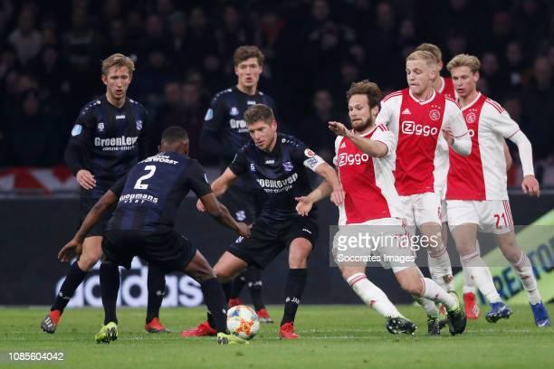 Sherel Floranus of SC Heerenveen Stijn Schaars of SC Heerenveen Daley Blind of Ajax Donny van de Beek of Ajax Frenkie de Jong of Ajax during the...