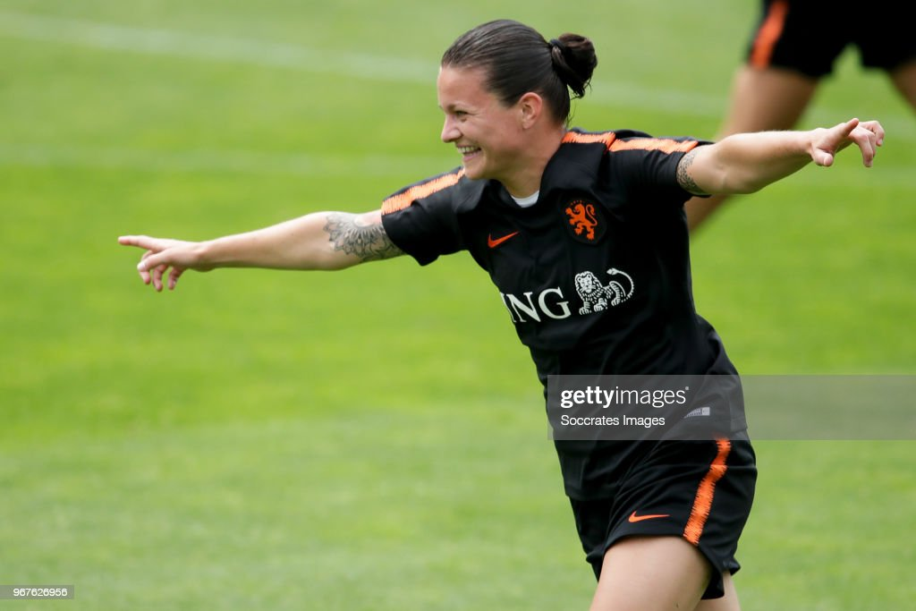 Netherlands v Domenican Republic - Nations League Women