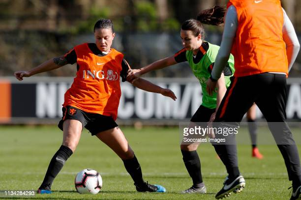 Sherida Spitse of Holland Women, Renate Jansen of Holland Women during the Training Holland Women at the KNVB Campus on April 1, 2019 in Zeist...