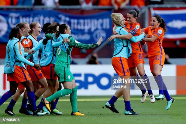 Sherida Spitse of the Netherlands celebrates with team mates after scoring her team's third goal of the game during the Final of the UEFA Women's...