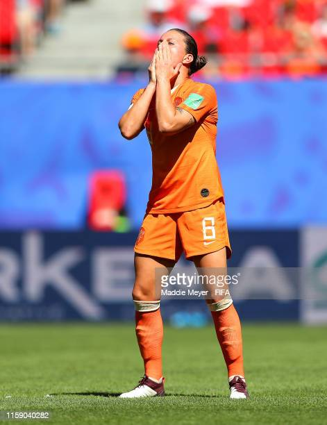 Sherida Spitse of the Netherlands reacts during the 2019 FIFA Women's World Cup France Quarter Final match between Italy and Netherlands at Stade du...