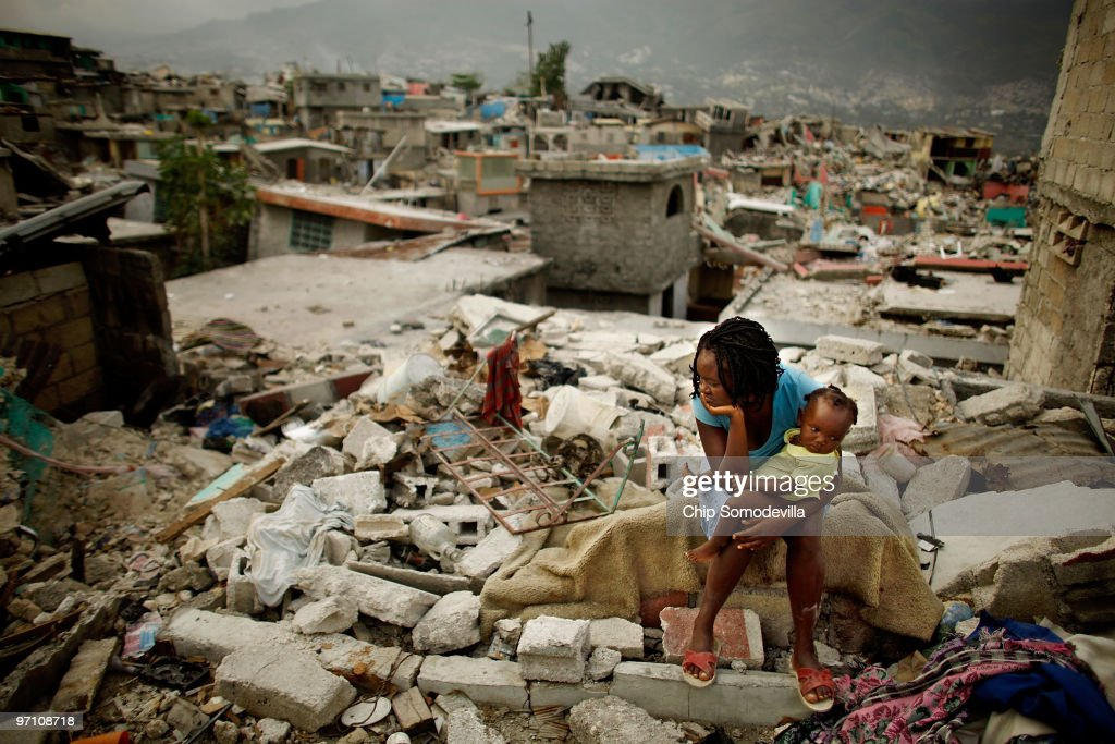 Haitians Continue To Struggle One Month After Earthquake : News Photo
