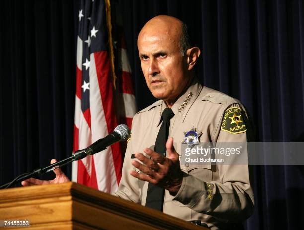 Sheriff Lee Baca holds a press conference regarding the Paris Hilton case at the Los Angeles Sheriffs Department June 8, 2007 in Monterey Park,...