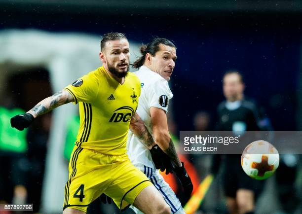Sheriff's Petru Racu and Copenhagen's Federico Santander vie for the ball during the UEFA Europa League group F football match FC Copenhagen vs FC...