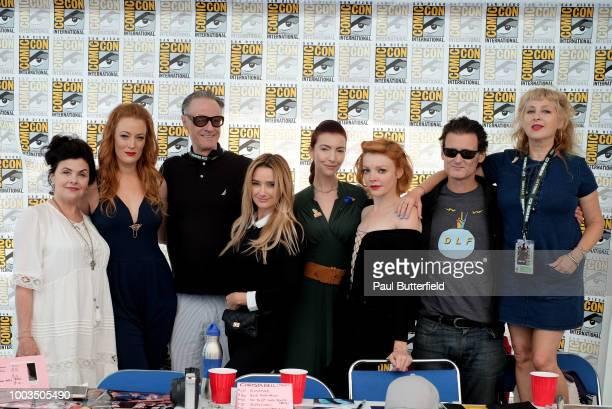 Sherilyn Fenn Adele Rene Harry Goaz Amy Shiels Chrysta Bell Nicole LaLiberte George Griffith and Kimmy Robertson attend Twin Peaks autograph signings...