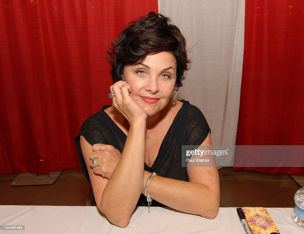 Sherilyn Fenn attends day 1 of Motor City Comic Con 2012 at the Suburban Collection Showplace on May 18, 2012 in Novi, Michigan.