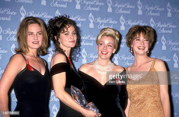 Sherry Stringfield Amy Brenneman Gail O'Grady and Sharon Lawrence at the 20th Annual People's Choice Awards Sony Pictures Studios Culver City
