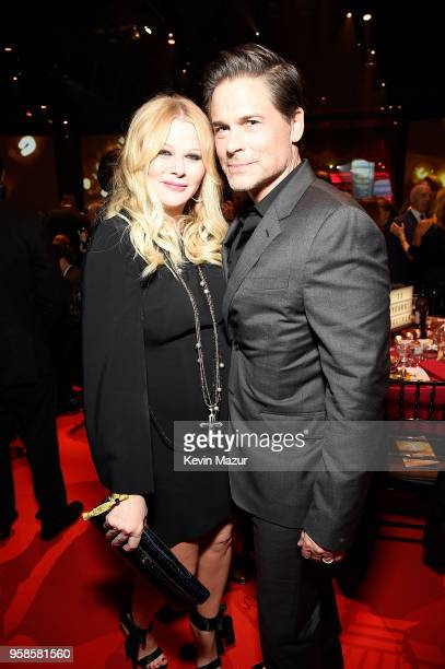 Sheryl Berkoff and Rob Lowe attend The Robin Hood Foundation's 2018 benefit at Jacob Javitz Center on May 14 2018 in New York City