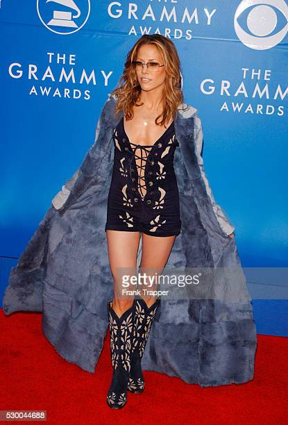 Sheryl Crow arrives at the 44th annual Grammy Awards