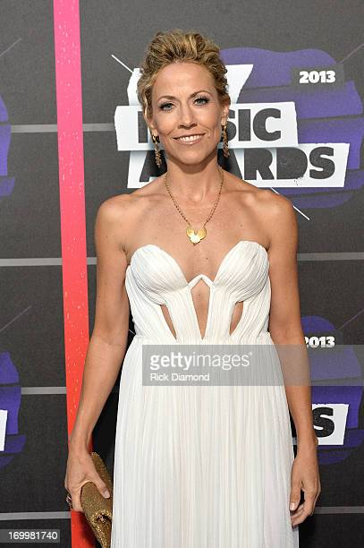 Sheryl Crow attends the 2013 CMT Music awards at the Bridgestone Arena on June 5 2013 in Nashville Tennessee