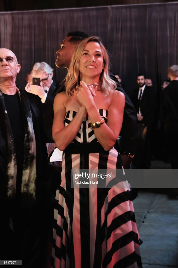 Sheryl Crow attends the Elton John AIDS Foundation 25th Year And Honors Founder Sir Elton John During New York Fall Gala at Cathedral of St. John the Divine on November 7, 2017 in New York City.