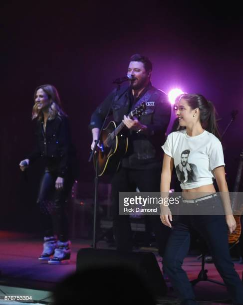 Sheryl Crow Chris Young and Alissa Czisny during the second annual 'An Evening Of Scott Hamilton Friends' hosted by Scott Hamilton to benefit The...
