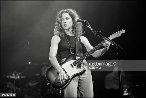 Sheryl Crow performing at The Beacon Theatre NYC on 17 March 1995