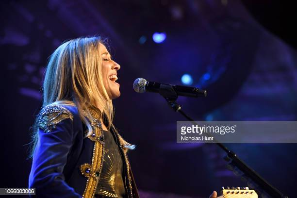 Sheryl Crow performs onstage during the 14th Annual UNICEF Snowflake Ball 2018 on November 27 2018 in New York City
