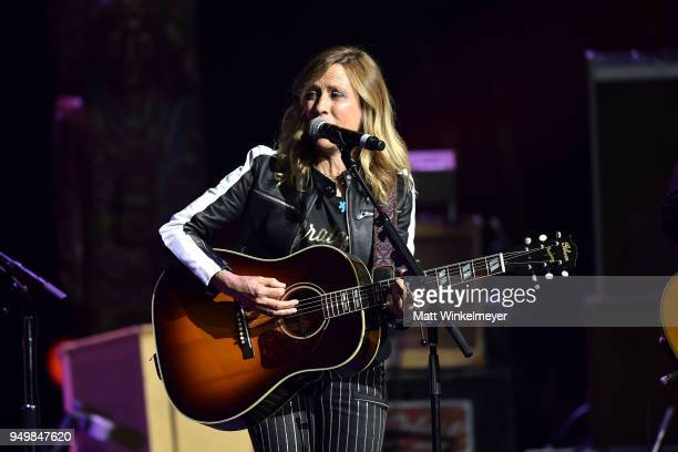 Sheryl Crow performs onstage during the 5th Annual Light Up the Blues Concert an Evening of Music to Benefit Autism Speaks at Dolby Theatre on April...